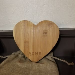 NWOT Acme heart shaped bamboo cheese board